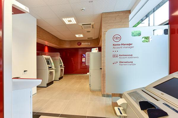 Bank Austria Bankautomat - Filiale Klagenfurt, Österreich